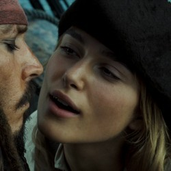 Элизабет Суонн из Пиратов Карибского моря